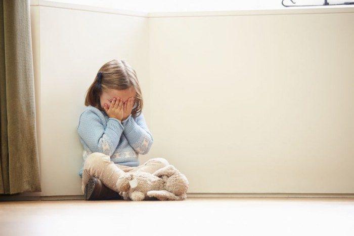 Su hija de dos años fue abusada por el tío y ahora lucha por la tenencia